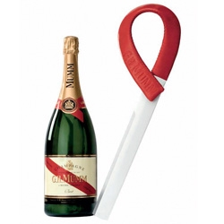 The designer Patrick Jouin modernizes the champagne sword for G.H. MUMM