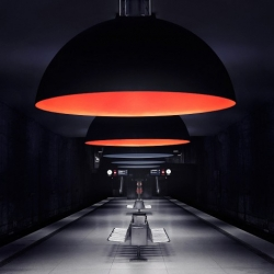 Nick Frank managed to capture the subway of Munich in a very minimalistic fashion. The places look very surreal without any travelling passengers.