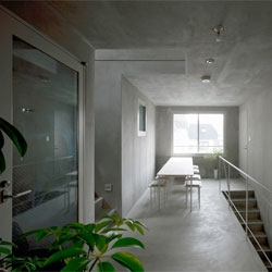 LUZ shirokane by Naoya Kawabe architect & associates,