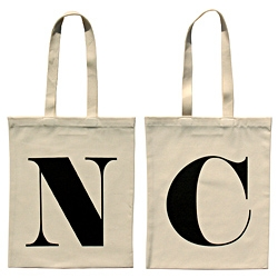 Cotton tote bags printed with all the letters of the alphabet, from A to Z! Alphabet Bags' virtual doors swung open just minutes ago!