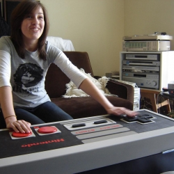 NES controller coffee table - that works! and is a storage trunk for games as well...