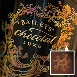 Baileys Chocolat Luxe combines Belgian chocolate, Irish whiskey, and cream, which marbles beautifully with water... Here's a peek at the launch with Bompas & Parr filled with Culinary Alchemy, marbled foods, chocolate and rhapsodomancy!