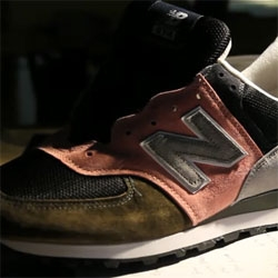 Videos of the making of custom order New Balance shoes1300 and US574.