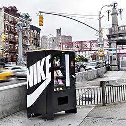 Nike FuelBox Vending Machine has popped up in NYC - and you can buy goods with your fuel points from the current day!