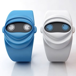 There's a brand new cool and cute watch in town, Ninja Time by Andy Kurovets. The little beast has two 'eyes' to show the hour and the minute, while the rest of the watch is dedicated to framing them in a way that looks assuredly ninja.