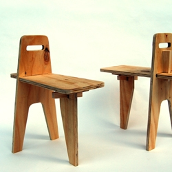Oscar Narud presented a collection of wooden stools and tables. The construction of the pieces is inspired by the drop down keel used for smaller sailing boats.
