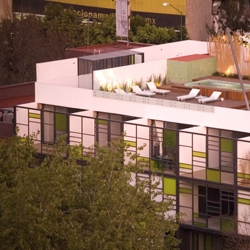 Stylish  Building with a chic rooftop in Mexico DF. by Taller 13 Arquitectos.