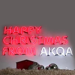 Web agency AKQA has created a live Xmas card for 2007 featuring a large neon sign powered by 2 festive hamsters.