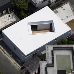The F-WHITE House by Takuro Yamamoto has a massive interior courtyard – stunning when juxtaposed with the relative anonymity of the street-facing facades. One of Architizer's top 10 housing solutions.