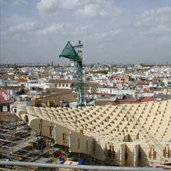 Juergen Mayer H.'s Metropol Parasol is currently being built in Seville. The following images of the giant raised canopies were taken on site recently!