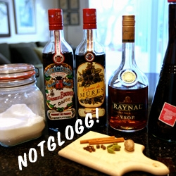 While researching Mulled Wine and Glögg Recipes for the holiday season (and to get through this coldness) ~ here's our pretty basic NOTGLÖGG recipe we've developed!
