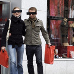 People buying products at Beate Uhse Sexshops receive the practical incognito-glasses for free as a give-away. So they return to the street whitout being recognized. As the sticker already claims: Beate Uhse. The discrete Sexshop.