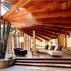 Gorgeous home in Mill Valley, California that embraces its redwoods. Designed in 1958 by Daniel J. Liebermann, it features metal tubes at the center support roof beams that fan out like umbrella spokes.
