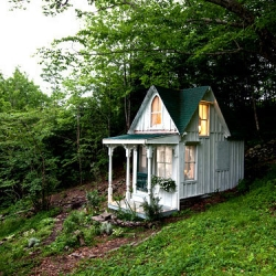 What a bizarre and tiny cottage! The NYtimes explores the Catskills hunting cabin Sandra Foster turned into a romantic Victorian cottage.