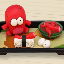 Andrew Bell takes his Never Look Back art into the third dimension with these fantastic sad sushi vinyl toys. [Editor's Note: OMG SO AMAZING - blue one is cute too and will be at sdcc!]