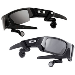 Oakley's Thump2 and O Rokr ~ 1gig mp3 player and bluetooth headset glasses - Curious about wearable electronics?  Check out the hands on review over at .com
