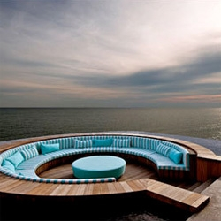 The Avi Spa at Avillion Port Dickson, is probably the only floating spa in Malaysia, built above water, located at the very furthest of the resort on the Straits of Malacca.