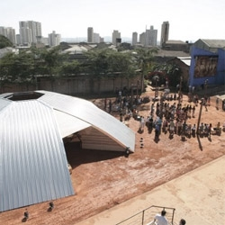 The Oca is a temporary structure designed by brazilian architects Königsberger Vannucchi, where many local native communities hold ceremonies and meetings.