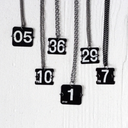 The perpetual necklaces by (of)matter are an absolutely timeless piece. An upcycled necklace made from the numbers of a vintage flip clock.