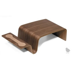 Design Public is having their outlet sale ~ and i am smitten with the Offi Scando Desk and this Offi Overlap
