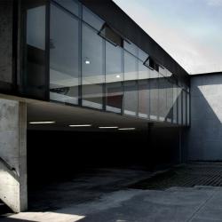 Showroom Ofimodul: stación-ARquitectura Arquitectos + Armando Cantú, Monterrey, México.