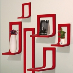 The Object Frames, designed by Steven Haulenbeek are the illegitimate children of a Picture frame and a shelf.