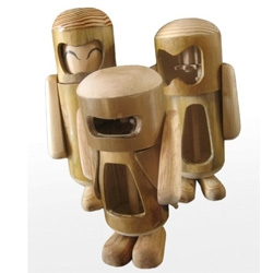 Tralala, wooden+bamboo toys. A simple way to make children love the earth.