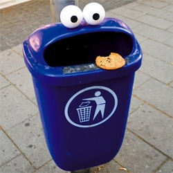 Wonderful Streetart by german designer Timm Schneider, who turns trash cans, coffee cups, and street posts into goofy cartoon faces.