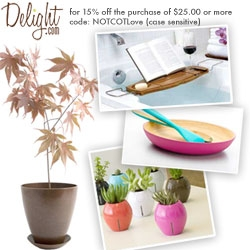 MOTHER'S DAY is Sunday! I just panicked, but Delight saved me, and has extended a discount for you guys as well ~ with their gorgeous gift wrapping, and great service, i totally trust them for mom gifts.