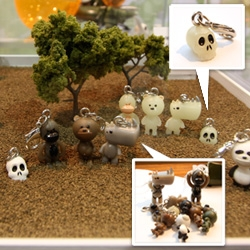 Favorite toys from SDCC ~ Rocketworld IWG's tiny adorable Zipper Pulls and Airborne Paratroopers!!!