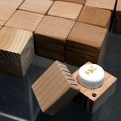 Ford & Ching has the most incredible little giveaways at Dwell on Design... Branded Marshmallow in a perfect little wooden box. SO CUTE. And delicious.