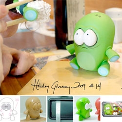 Holiday Feature + GIVEAWAY! Andrew Bell shows us the making of his amazing O-NO Sushi toys! And even gives you a chance to win one of the limited edition green ones before they are available!