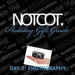 Gift Guide Day 2 ~ this second to last guide is all about gizmos and gadgets to help you have more fun taking pictures during the holidays!