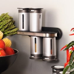 Spice rack that defies gravity