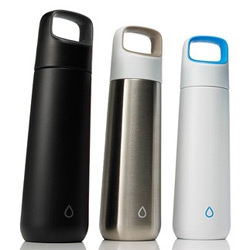 Kor Water now has a Vida ~ the stainless steel water bottle comes in two sizes and three colors.