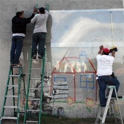 Banksy getting plexi-preserved in LA ~ caught in the act!