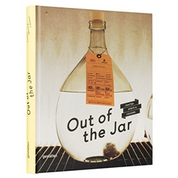 Out Of The Jar - Creative handcrafted spirits: This book presents an inspiring overview of the best distilleries around the world.