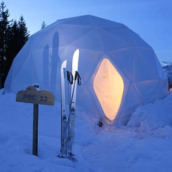 The award-winning Whitepod is an eco-friendly hotel set in the stunning Swiss Alps. The 15 dome-like pods are designed to blend in with the surroundings, not only visually but also by having a low impact on the environment.