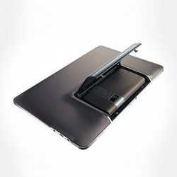 """The Asus Padfone presented at Computex 2011 is a tablet with a 10.1"""" screen and rear camera, as well as a 3G smartphone. Both work with Android."""