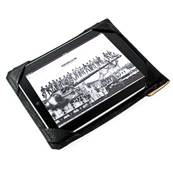 Stunning ipad case from Parabellum ~ interesting how it's a normal sleeve, and when you take the ipad out, you can use the back when using it with its photo corner like set up...