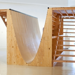 y=x² is a new sculpture by Los Angeles based artist, Andrew Lewicki.