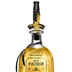 David Yurman crafted a unique limited edition bottle stopper for Patrón Spirits just in time for the holidays.