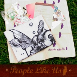 People Like Us Collective introduces a new line of shirts (with hoodies on the way) - a fresh new site! - AND new packaging... talk about productive! And i'm in love with this fish.