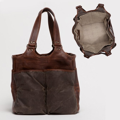 Moore & Giles Belle Picnic Totes - these luxurious leather totes have 6 exterior pockets ready for wine bottles!