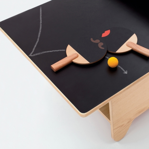 Huzi Table Tennis Table - A multi-functional coffee table, play table and chalkboard surface in one. When you're not in a thrilling game, scribble your thoughts on the chalkboard, sit down and read a book, or simply relax with a cup of tea.