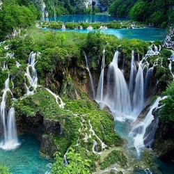 The Plitvice Lakes National Park is the most popular tourist attraction in Croatia. It is an UNESCO World Heritage Site and a stunning reminder of the natural beauty in this world