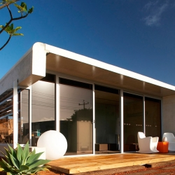 Australian architects keep coming up with great prefab houses. Jean-mic Perrine and his Perrinepod is no exception!