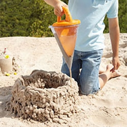 Haba Spilling funnel XXL ~ it's like a manual 3D printer that uses sand and water!