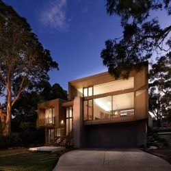 Studio101 Architects have designed a house near the beach in Point Lonsdale, Australia.