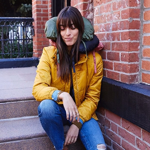 Madewell Travel Buddy Packable Puffer Jacket - interesting detail: it packs into a neck pillow!
